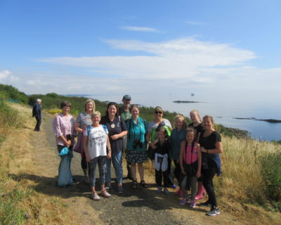 group of greener Kirkcaldy volunteers