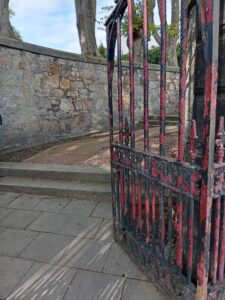Kirk Wynd entrance Kirkcaldy